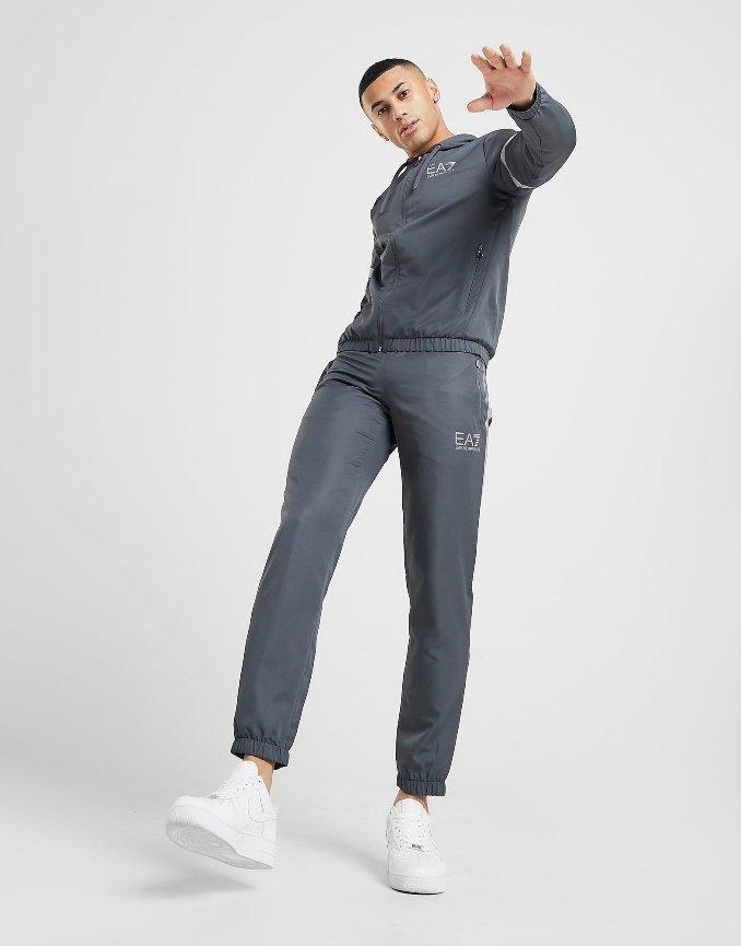 joggers da marca emporio armani para homem em cinzento