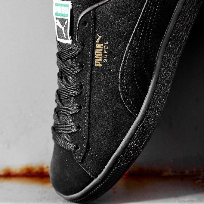sapatilhas puma suede preto detalhe