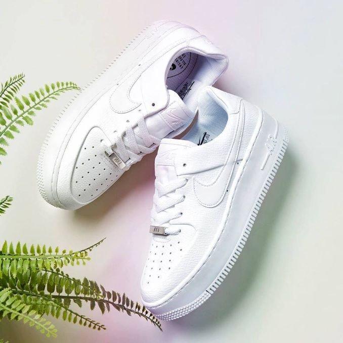 Nike Air Force 1 Sage Low sapatilhas com plataforma