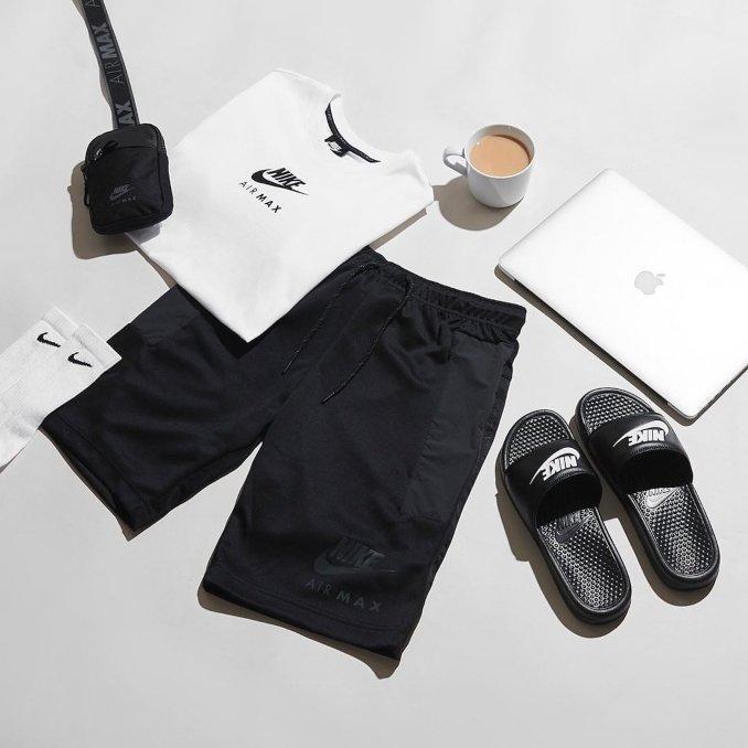 Ciabatte Nike benassi
