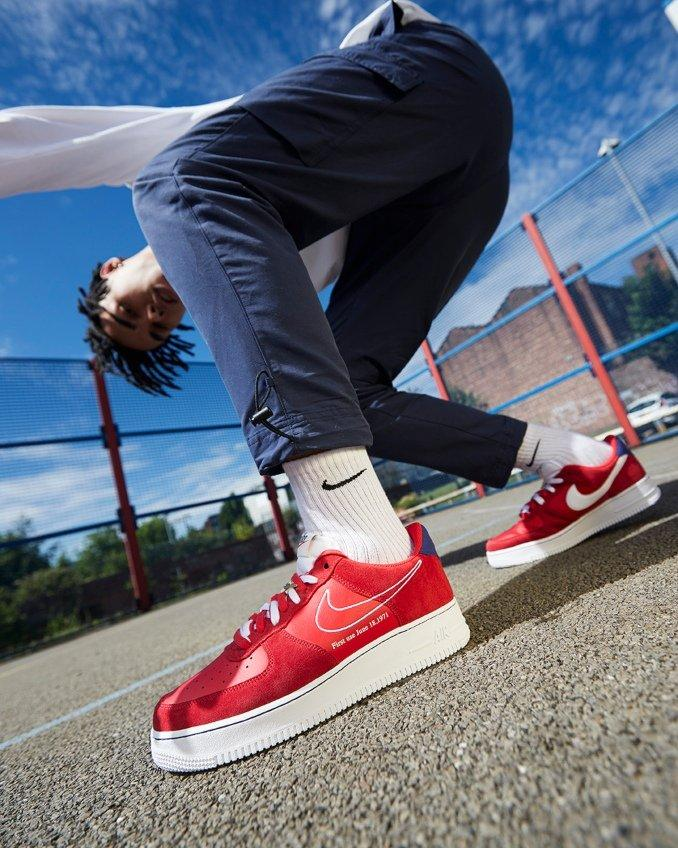 Nike Air Force 1 First Use rojas