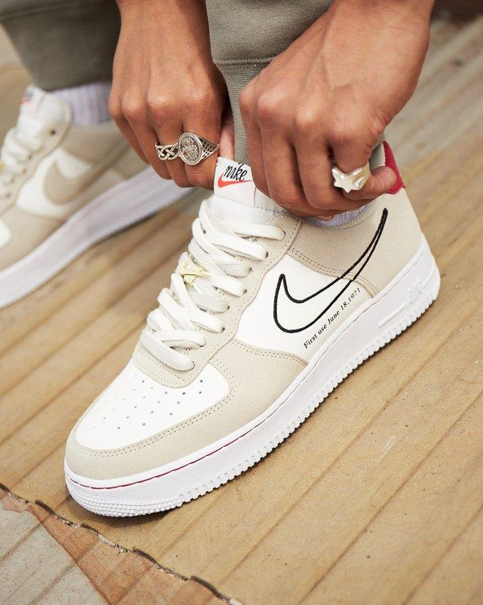 Nike Air Force 1 First Use blancas