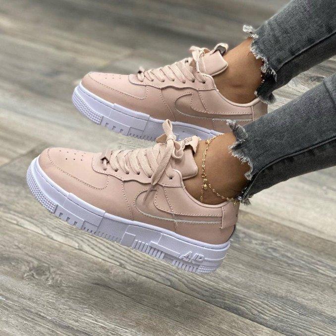 Nike Air Force 1 Pixel rosas