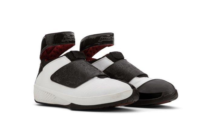 Air Jordan XX black and white