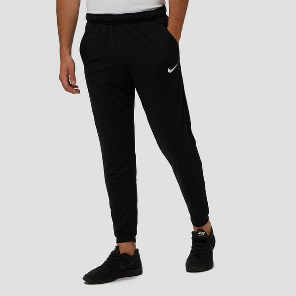 NIKE DRI-FIT TAPER FLEECE TRAININGSBROEK ZWART HEREN