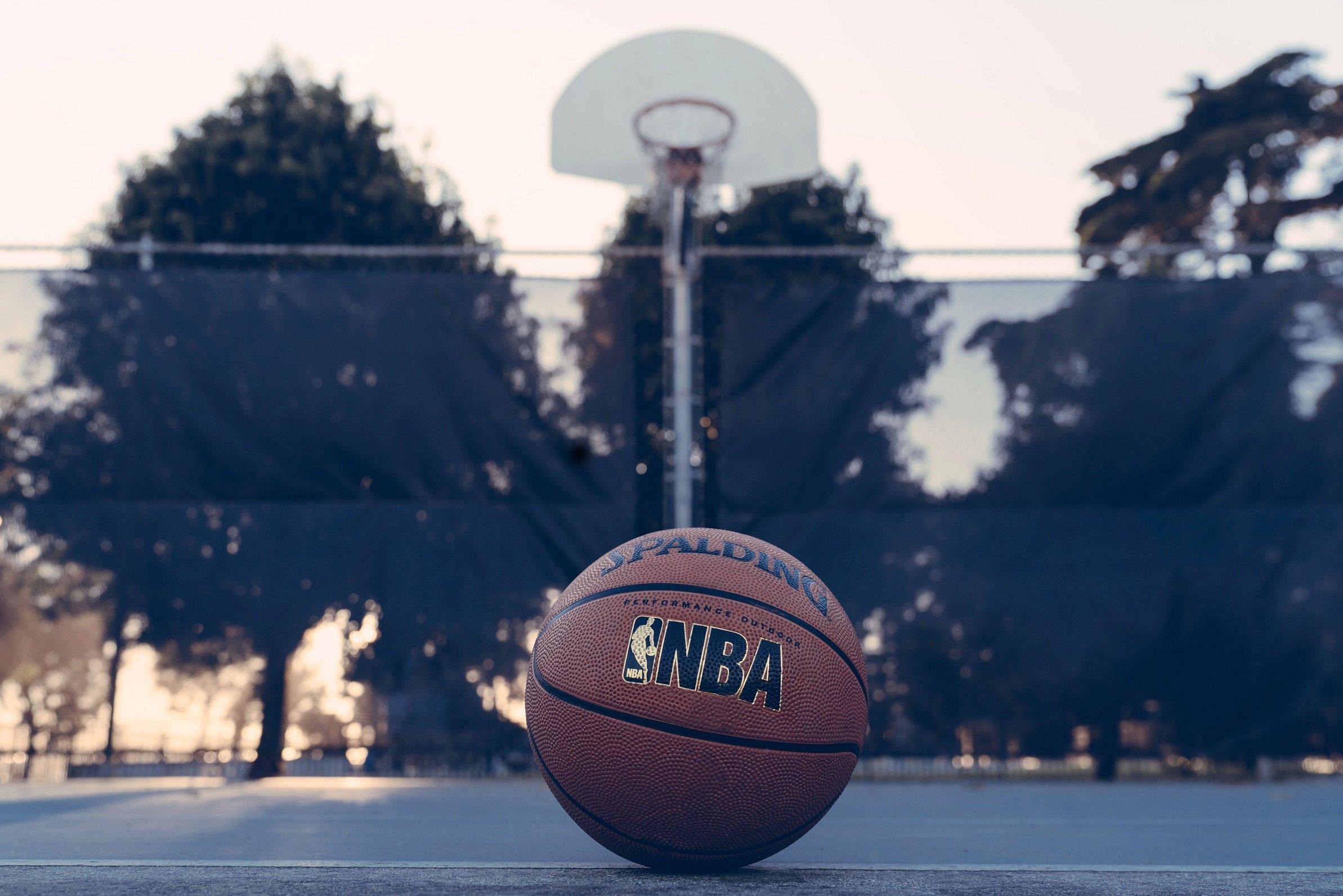 NBA Basketball auf Court