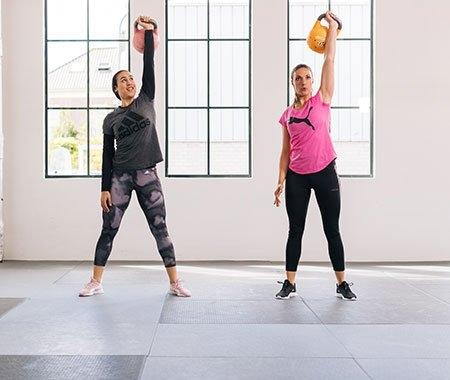 fitnessschoenen en krachttraining