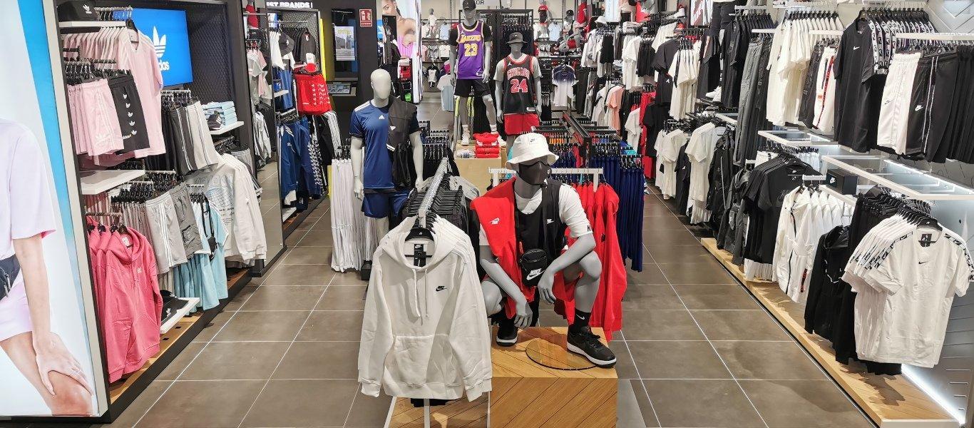 Ropa en tienda JD Sports