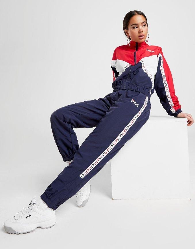 calças classic blue pantone mulher