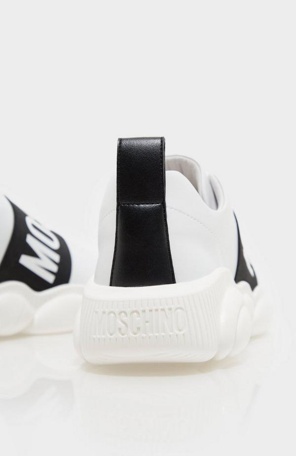 Elastic Logo Sneaker
