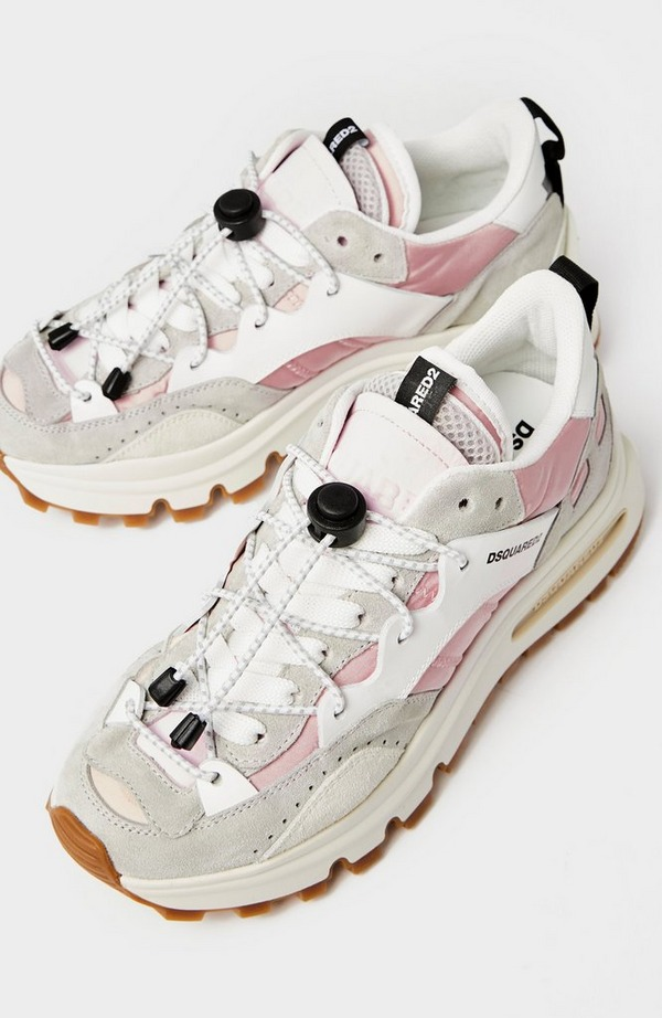 3 Tab Mesh Sneaker