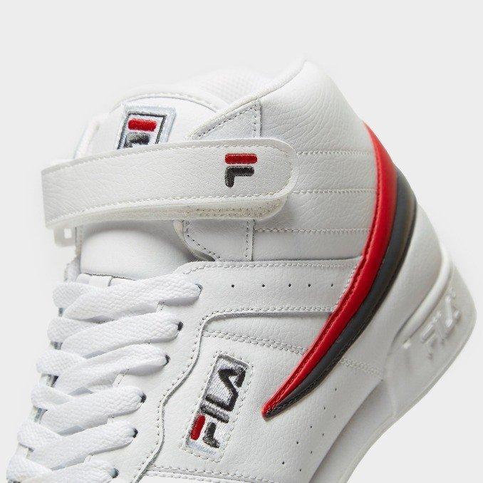 Fila F13 brancas