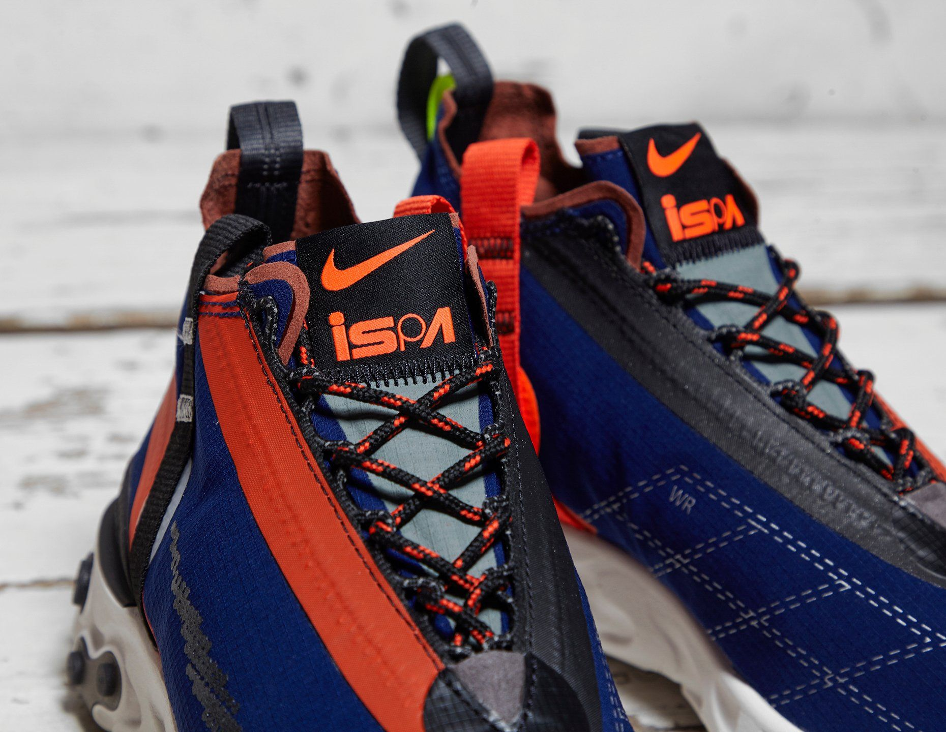 Nike REACT LW WR Mid ISPA