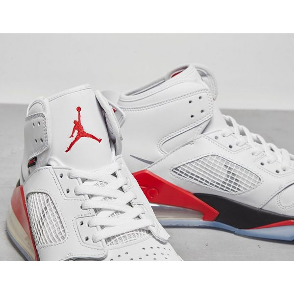 Jordan Mars 270