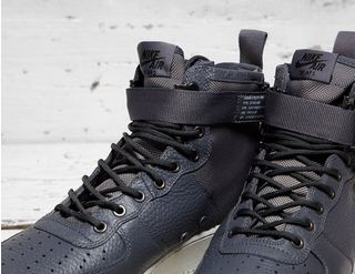 Nike SF Air Force 1 Mid | Footpatrol