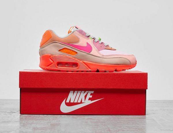 Nike Air Max 90 'Bright Pink' | Footpatrol