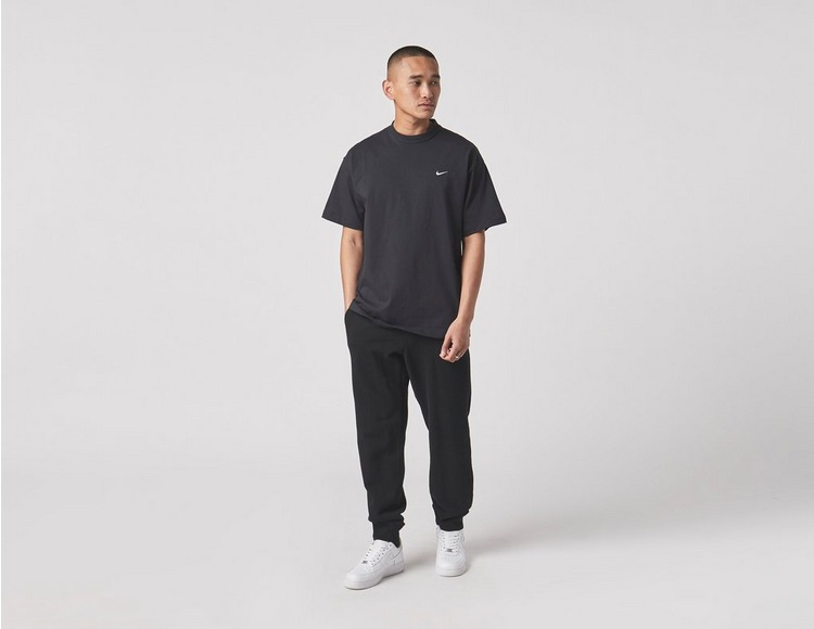 Nike Premium Essentials T-Shirt