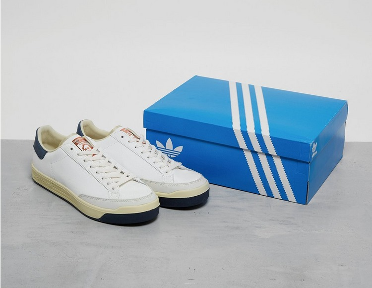 adidas Consortium Rod Laver Cracked Leather