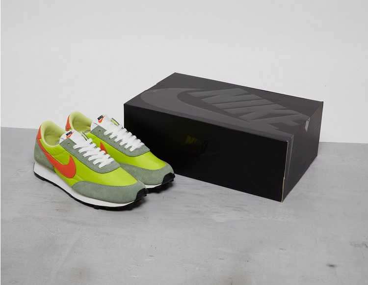 Nike Daybreak