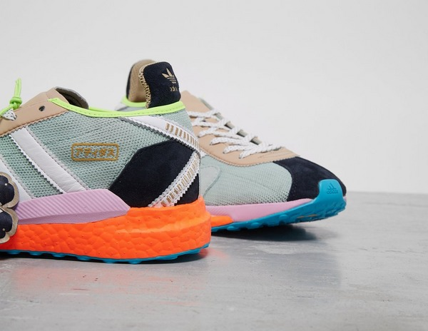 honor Destino mientras tanto  adidas Originals x Pharrell Williams Hu Tokio Solar | Footpatrol