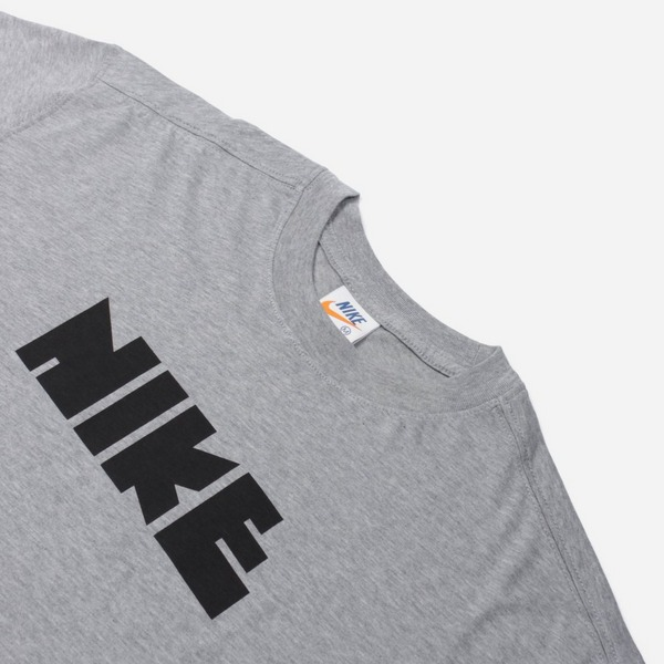 Nike Sportswear Classics Short Sleeve T-Shirt