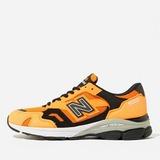New Balance 920