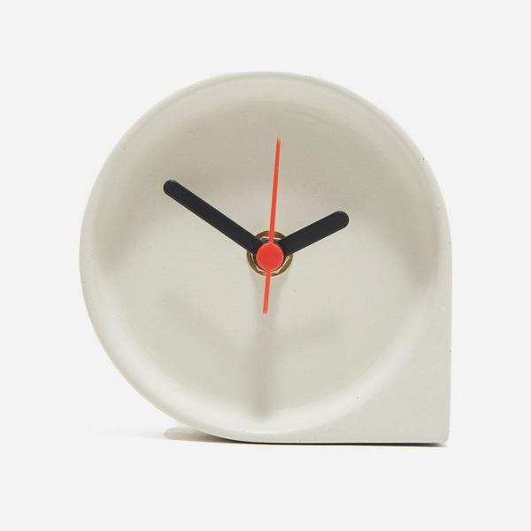 KORD Kupla Concrete Clock