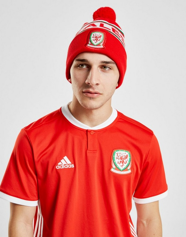 Official Team Wales Text Knitted Bobble Hat