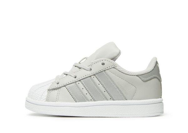 0d6b06520 adidas Originals Superstar para bebé
