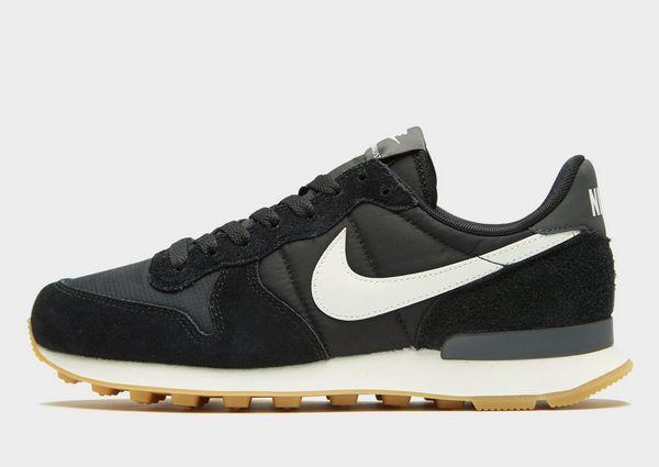 brand new 4e90f a06c0 Nike Internationalist Women s