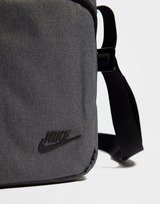 Nike Core Small Crossbody Tas
