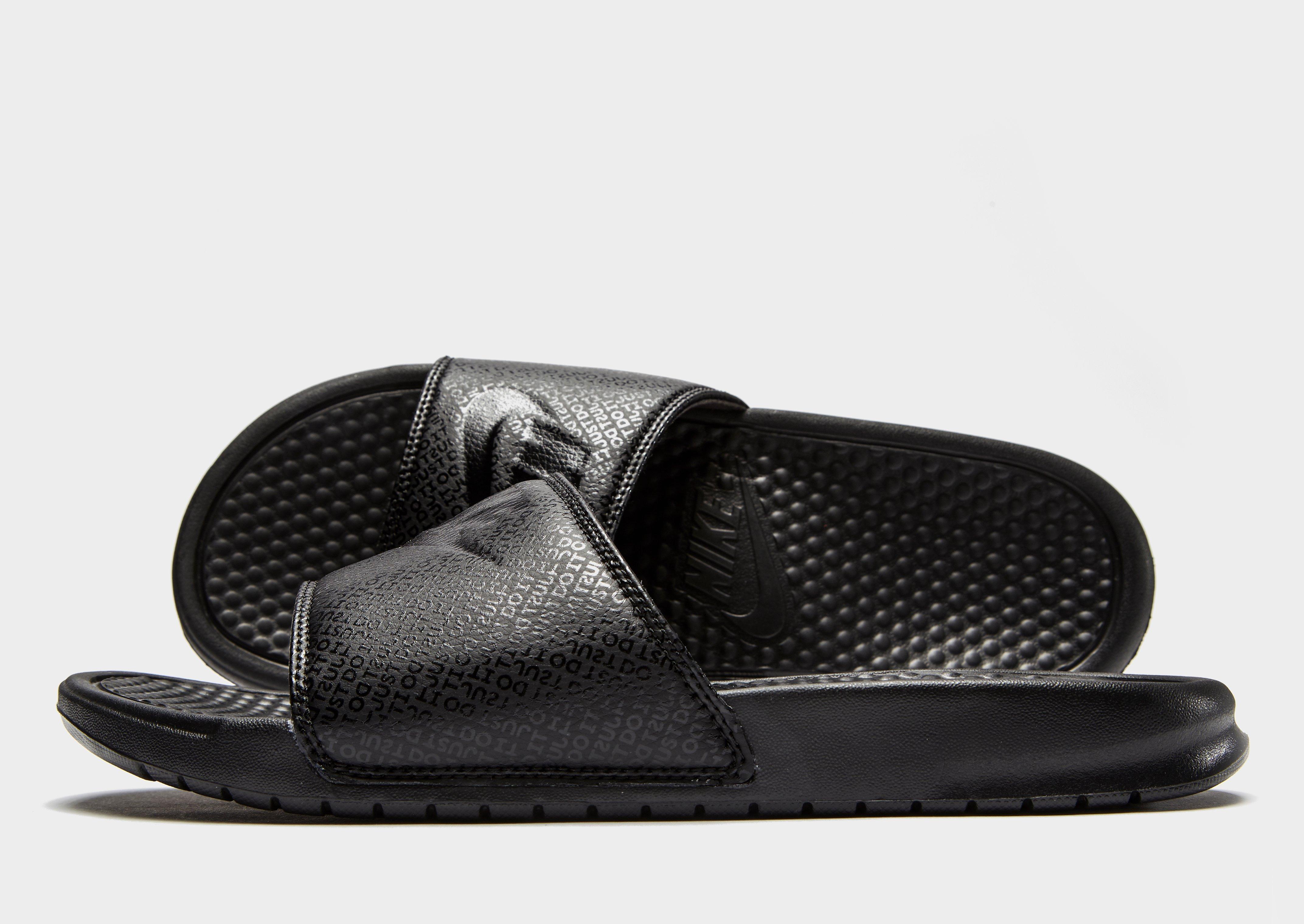 Nike Benassi Slides | JD Sports