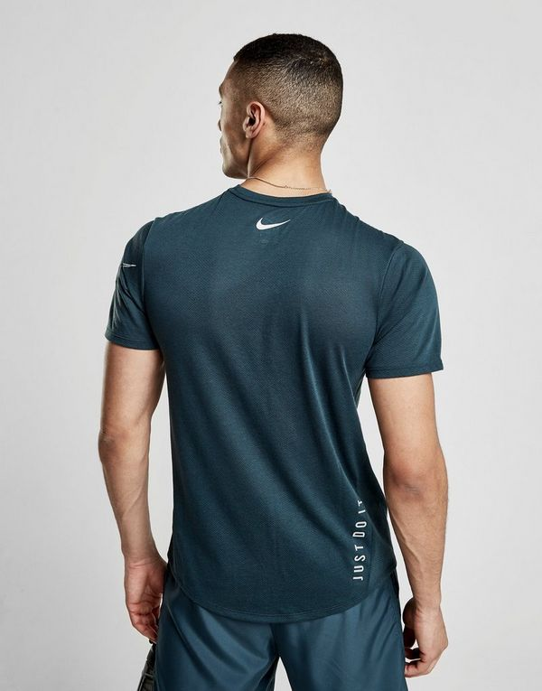 acdcdf6d Nike Rise Short Sleeve T-Shirt | JD Sports