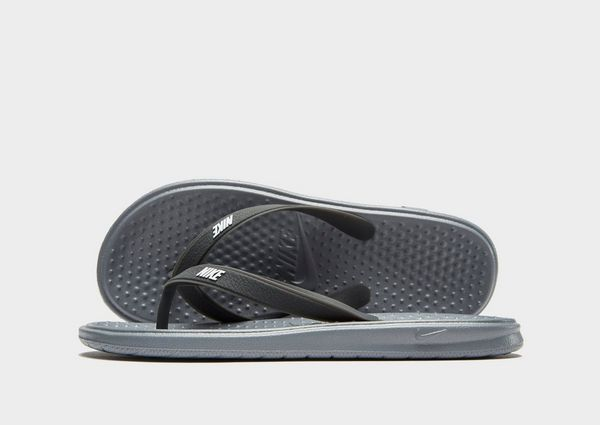 7deeda56e8a6 Nike Solay Flip Flops Children