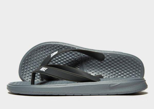 big sale 91c8b 6e226 Nike Solay Flip Flops Junior