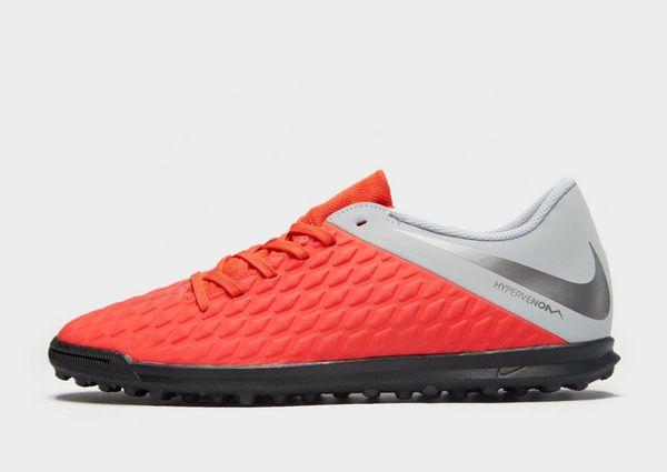 on sale 1c98d 960d4 Nike Raised On Concrete Hypervenom Club TF