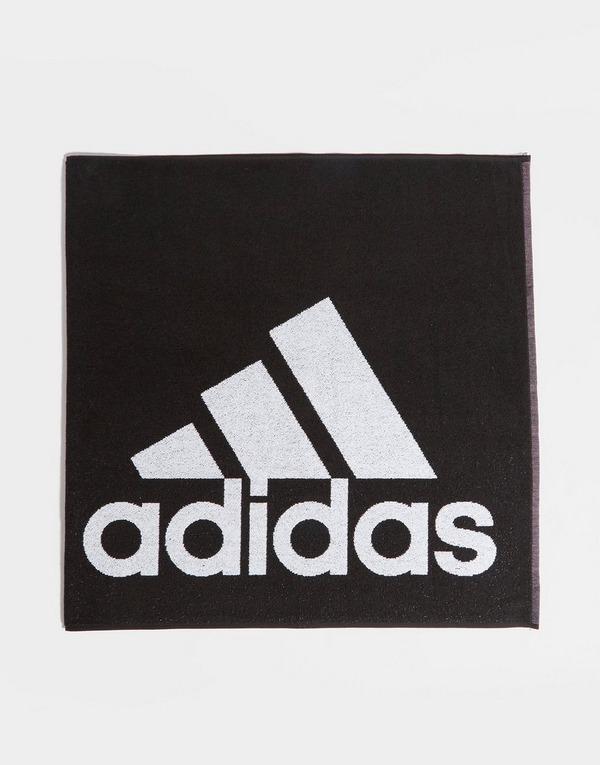 Acquista adidas Badge of Sport Asciugamano L in Nero | JD Sports