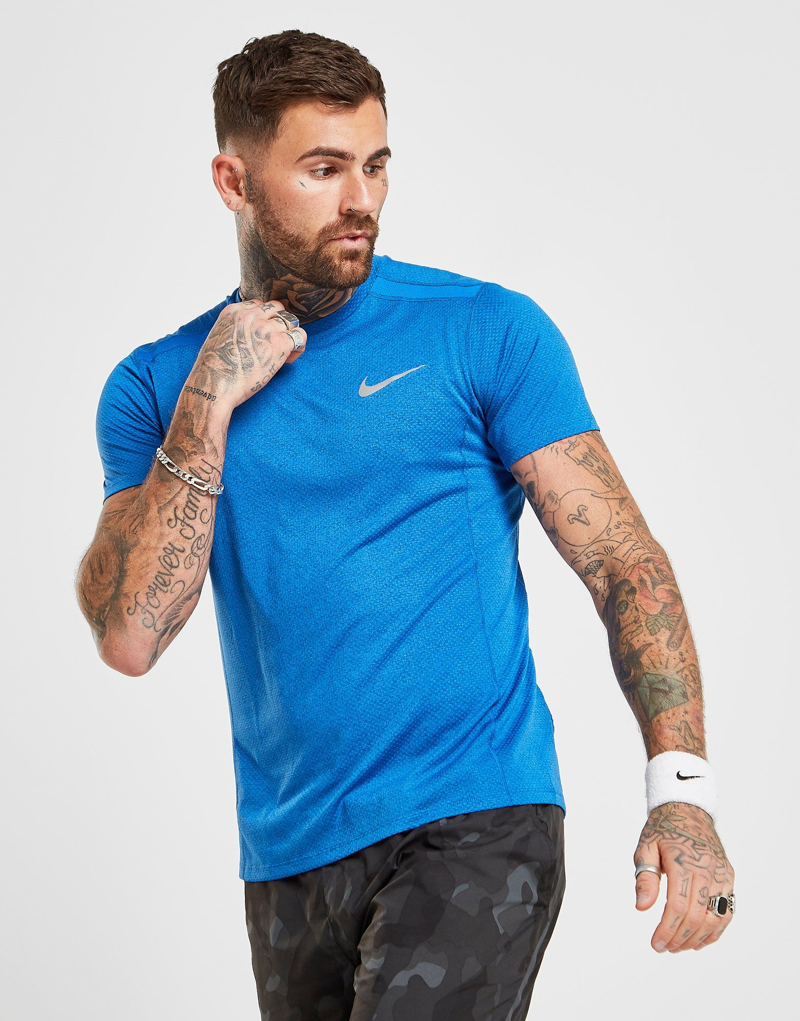newest 930cf 404a1 Nike Miler Cool T-Shirt   JD Sports