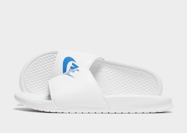cheap for discount 9df85 d4cdc Nike Benassi Slide