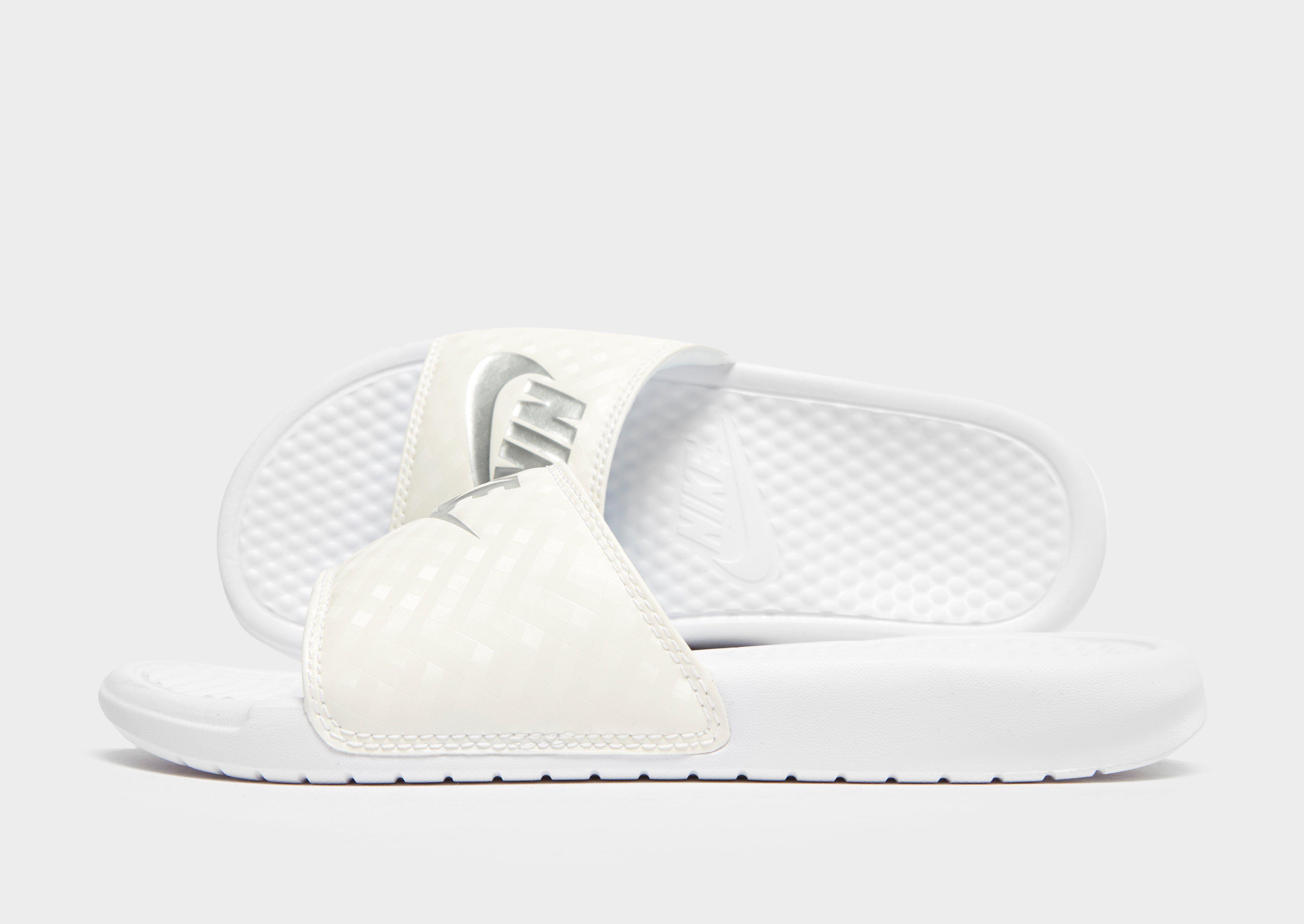 83763d902ed0 Nike Benassi Just Do It Slides Women s