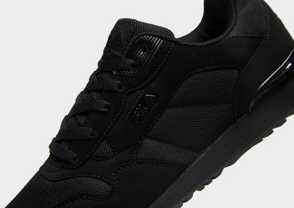 Acquista Fila Cress Knit in Nero | JD Sports