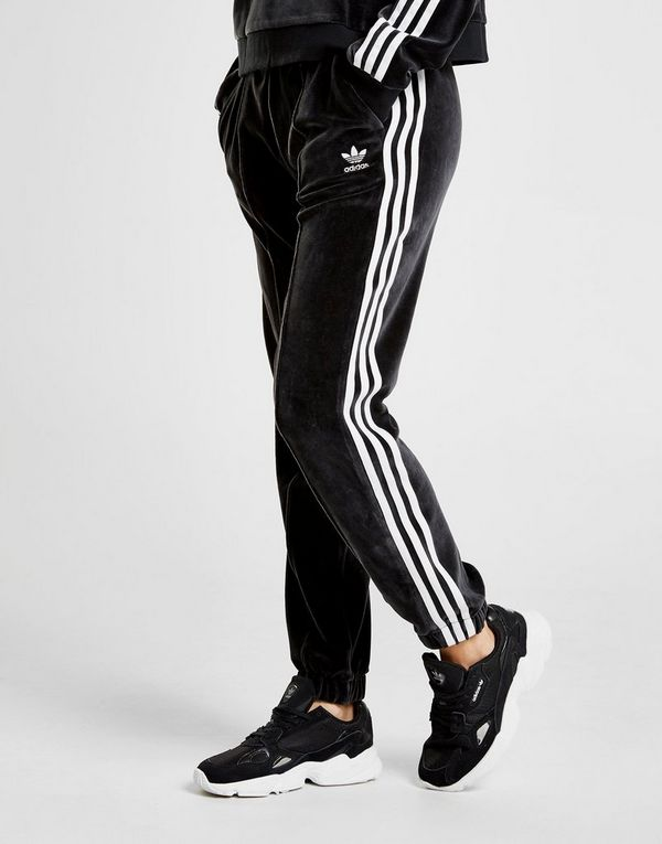 db12764f adidas Originals 3-Stripes Velvet Bukser Dame | JD Sports
