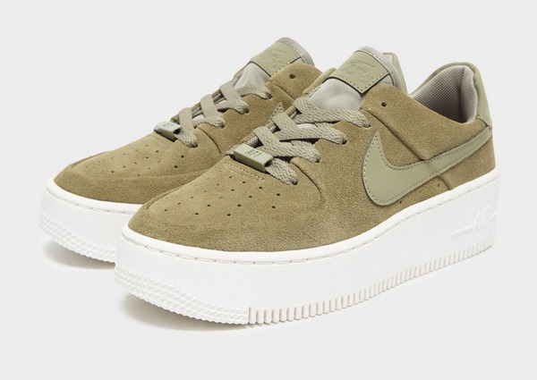 Acquista Nike Air Force 1 Sage Low Donna in Verde | JD Sports