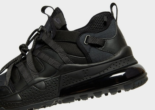 Acquista Nike Air Max 270 Bowfin in Nero | JD Sports