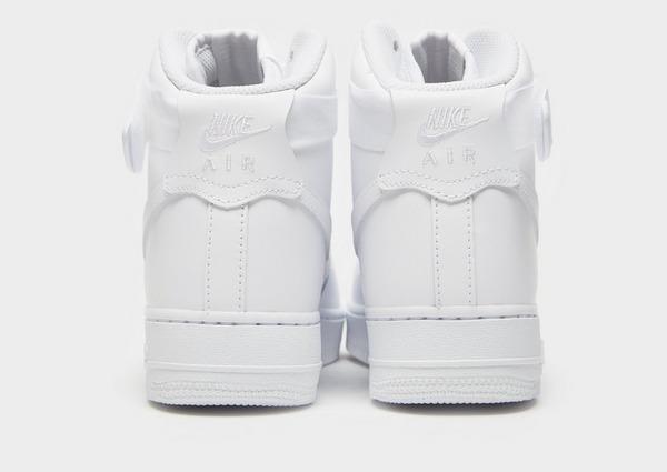 Shoppa Nike Air Force 1 '07 LV8 Dam i en Vit färg | JD