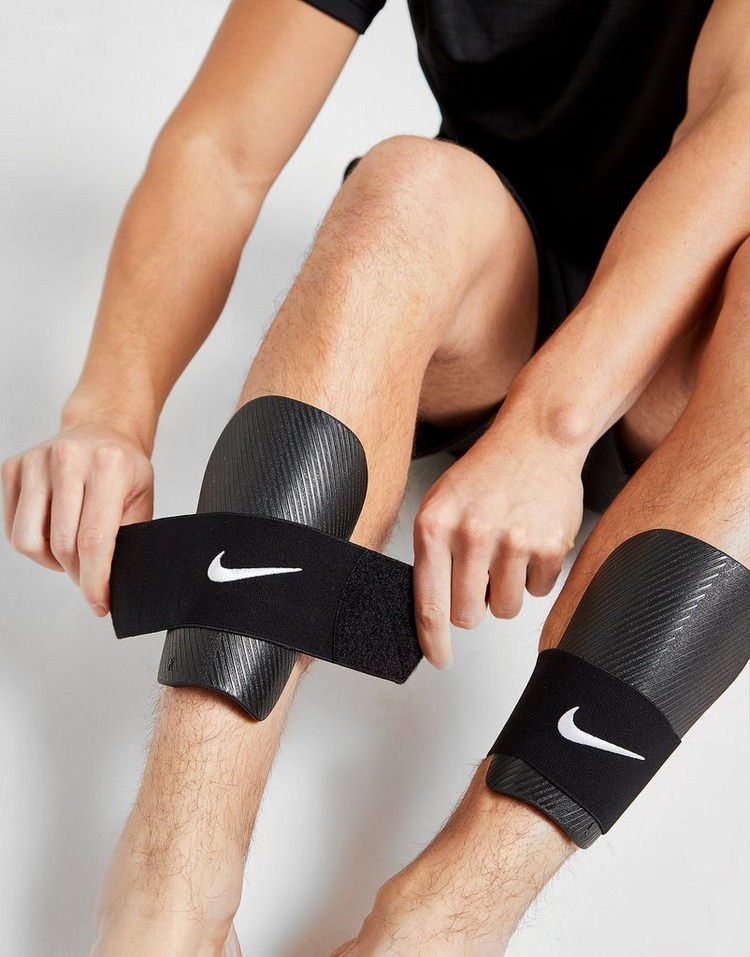 Nike Stay II Shin Guard Sleeves