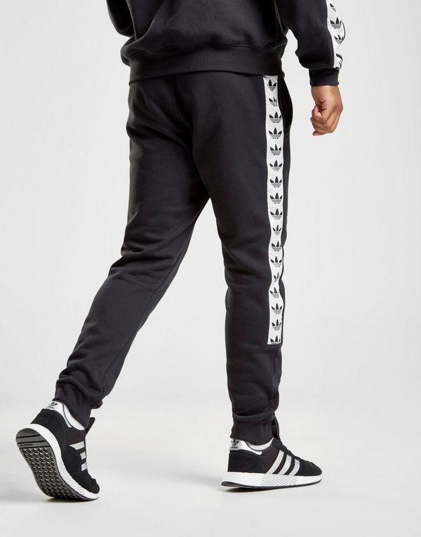 2f94a2ea925d adidas Originals pantalón de chándal Tape Fleece | JD Sports
