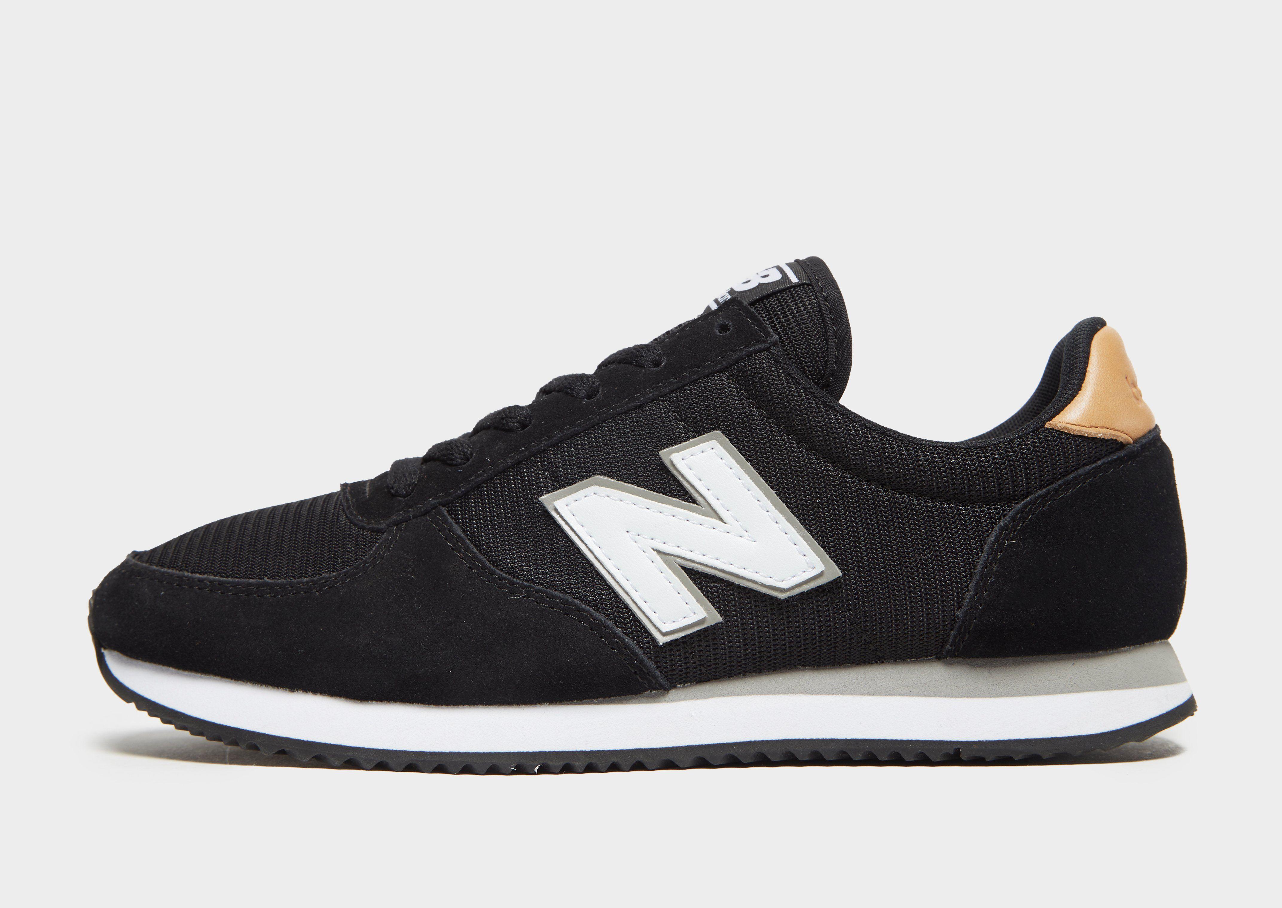 New Balance Shoes 220 (black)