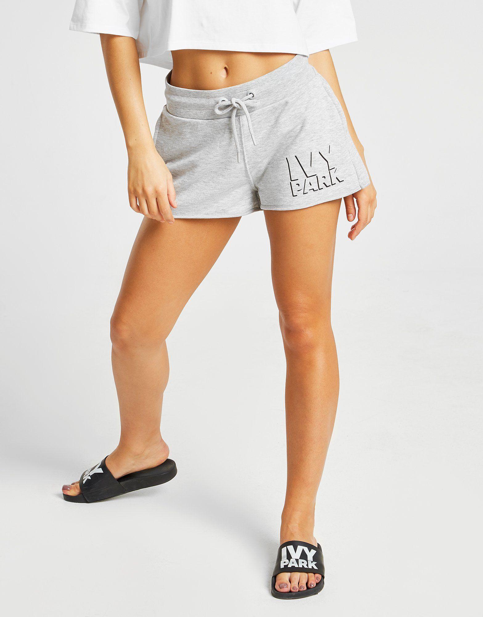IVY PARK pantalón corto Shadow Logo