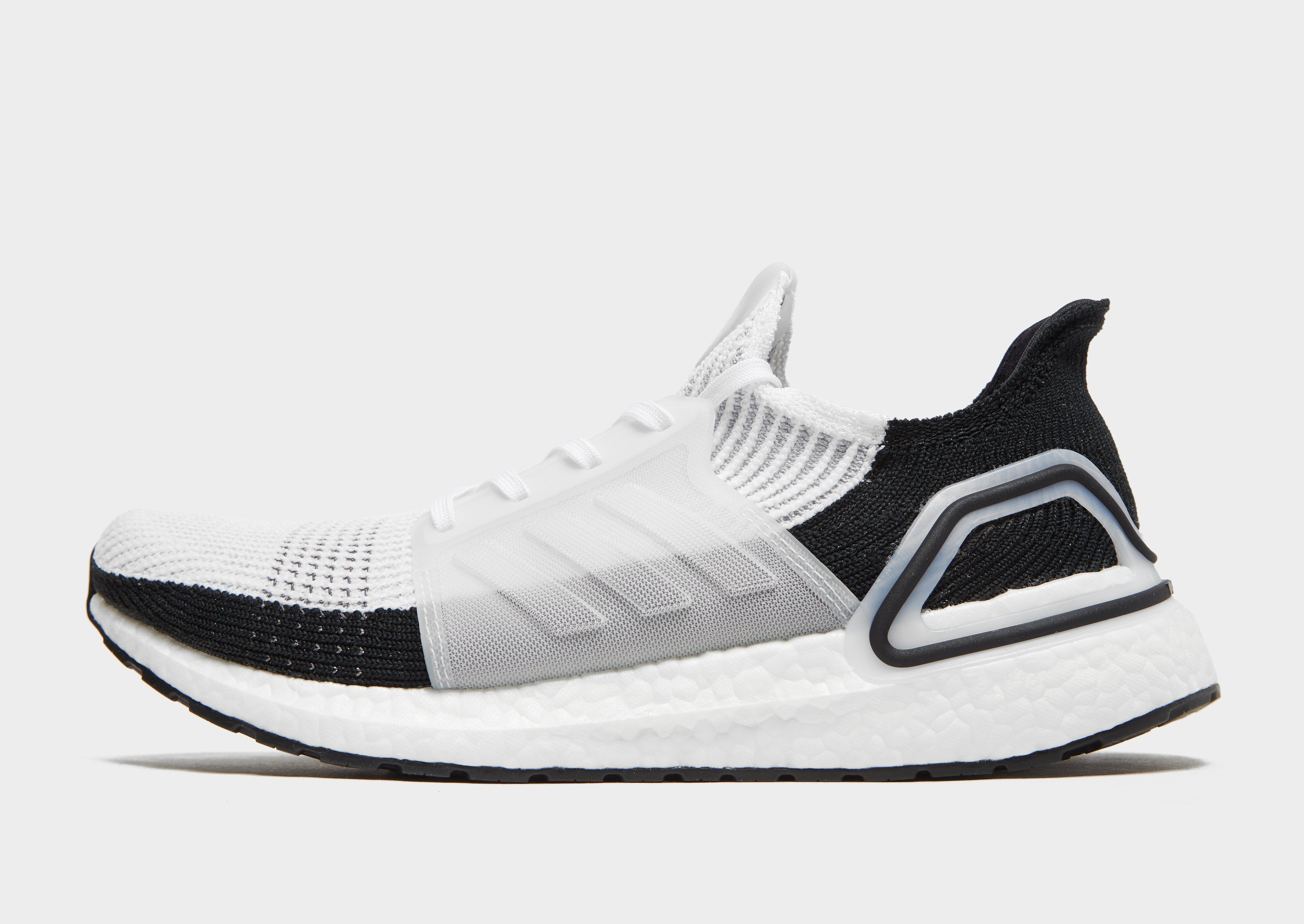 hot sale online 5b4e6 37c26 adidas Ultra Boost 19